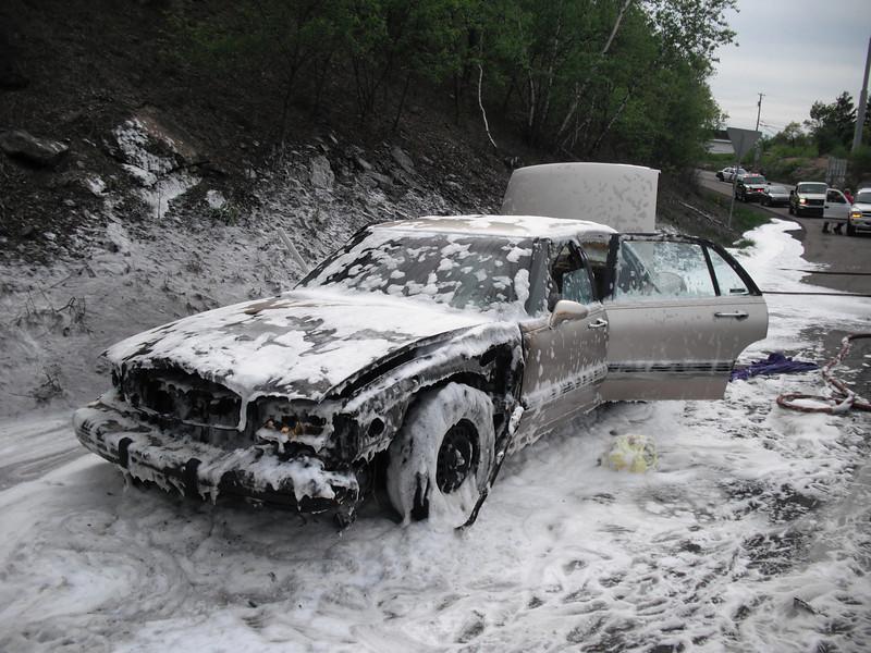 mahanoy township vehicle fire2 5-7-2010 003.JPG