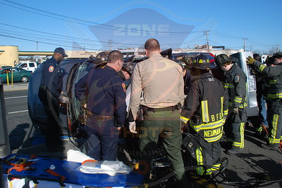 Bethpage F.D. MVA w/ Overtrun and Entrapment Hempstead Tpke. and Seitz Dr. 1/21/10