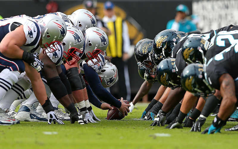 . The Jacksonville Jaguars and the New England Patriots line up during a game  at EverBank Field on December 23, 2012 in Jacksonville, Florida.  (Photo by Mike Ehrmann/Getty Images)