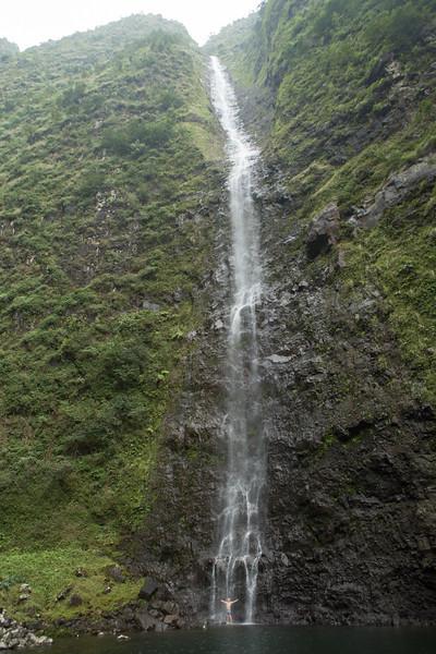 hanakoa-falls-5.jpg