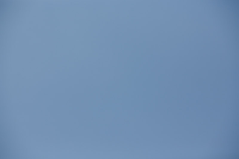 Blue sky, 5D, 85mm, f/4, 1/1600, ISO 100, converted from RAW with ACR, no processing