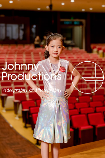 0092_day 1_orange & green shield portraits_red show 2019_johnnyproductions.jpg