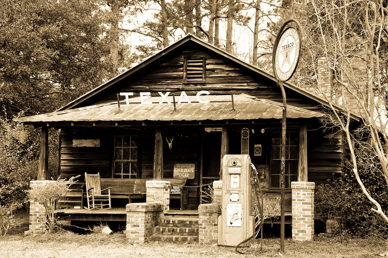 Old Texaco Gas Station in South Carolina