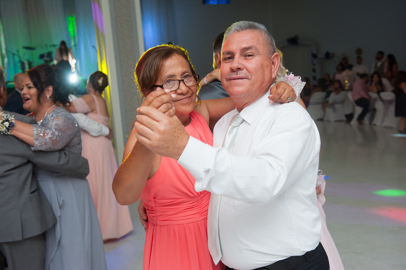Estefany + Omar wedding photography-822.jpg