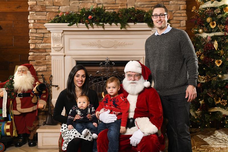 Santa2018.TylerBoye.-202.jpg