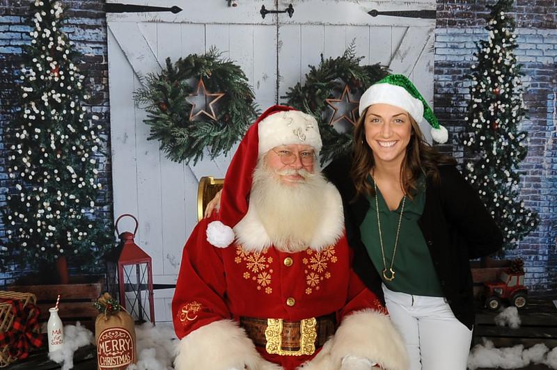 It's A Wonderful Life In Newman Village Santa Photos 2019