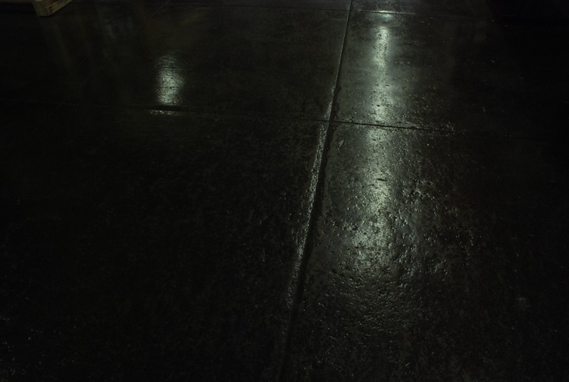 2010, Floor