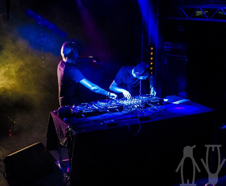 2013.06.02 - Nause (SE) + Funkin Matt @ Teglverket - Damien Baar_10.jpg