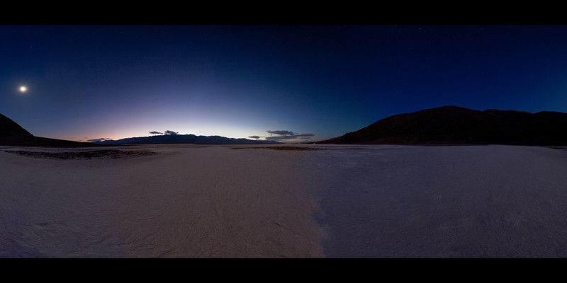 Badwater night panorama 1.jpg