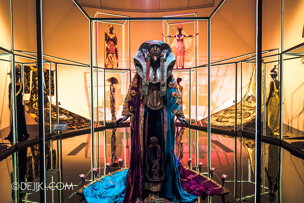 Bulgari SERPENTIform exhibition at ArtScience Museum - Egyptian Cobra Gown 1