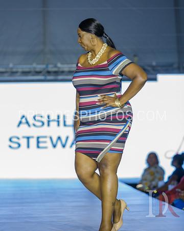 Day5 Lov'n My Curves Show