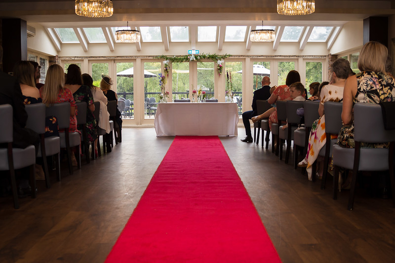 Sam_and_Louisa_wedding_great_hallingbury_manor_hotel_ben_savell_photography-0035.jpg