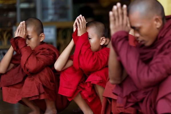 Enfants moines