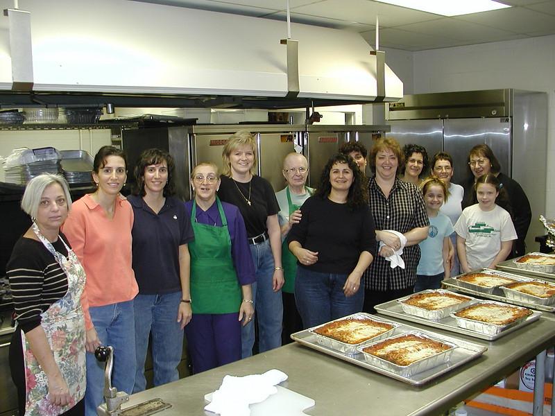2003-03-30-Homeless-Lunch-Anniv_010.jpg