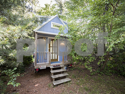 tiny-house-can-bring-big-benefits-freedom-from-a-mortgage-and-from-stuff