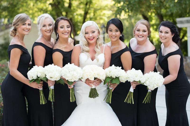 dara's-garden-bridesmaids.jpg