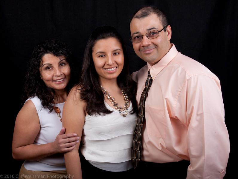 Fuentes Family Portraits-8538.jpg