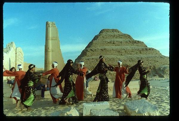 014_Sakkarah_Danses_Folkloriques.jpg