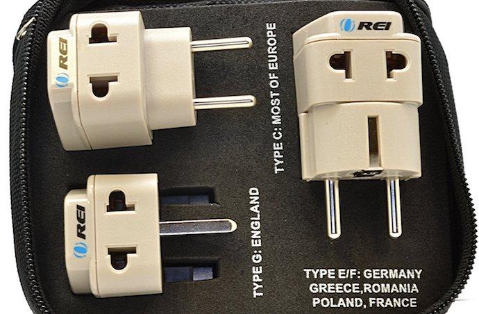 OREI Universal 2 in 1 Plug Adapter
