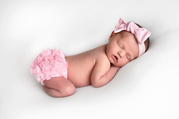 Ckyla Newborn Portraits