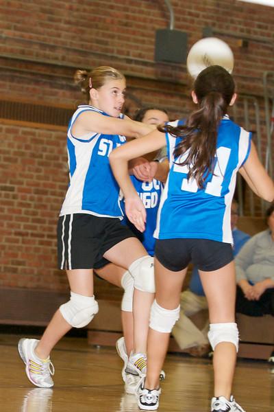 Hugo 5th Grade Volleyball  2010-10-02  35.jpg