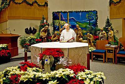 2008-12-24 Christmas Eve 430 Mass