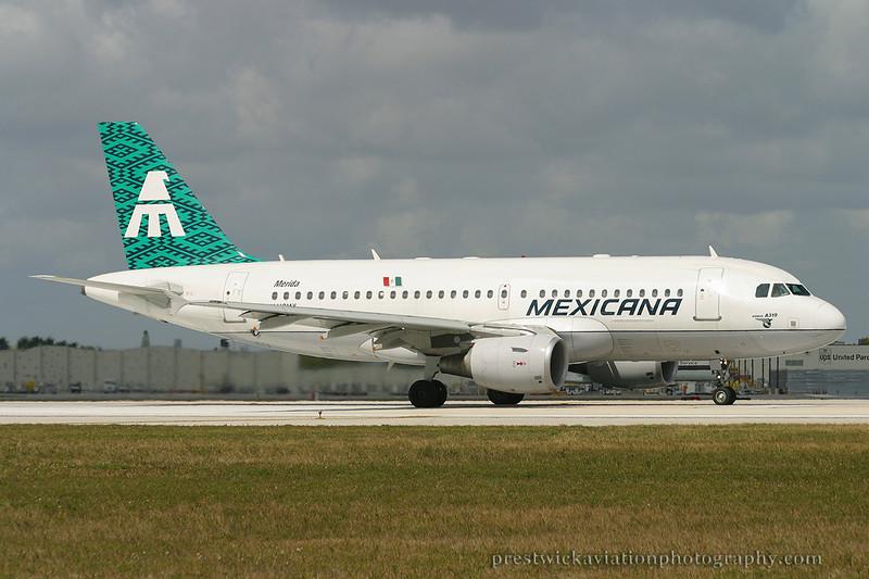 N612MX. Airbus A319-112. Mexicana. Miami. 030304.