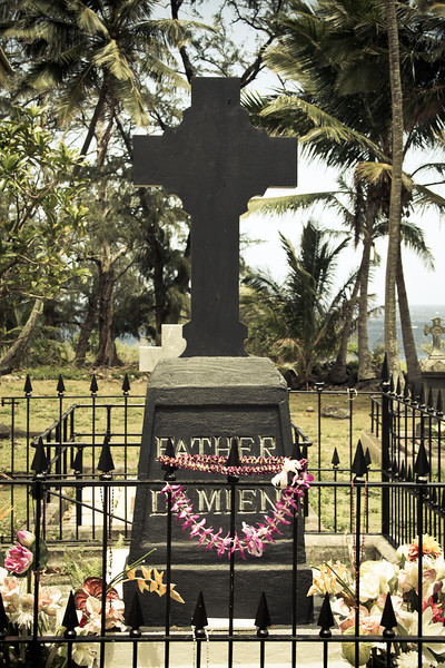 molokai father damien.jpg