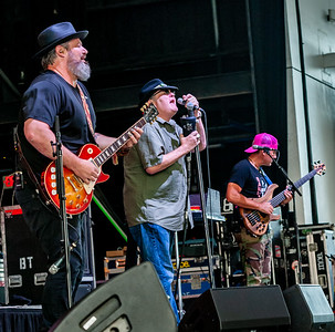 Blues Traveler at Rockland Trust Bank Pavillion - MA