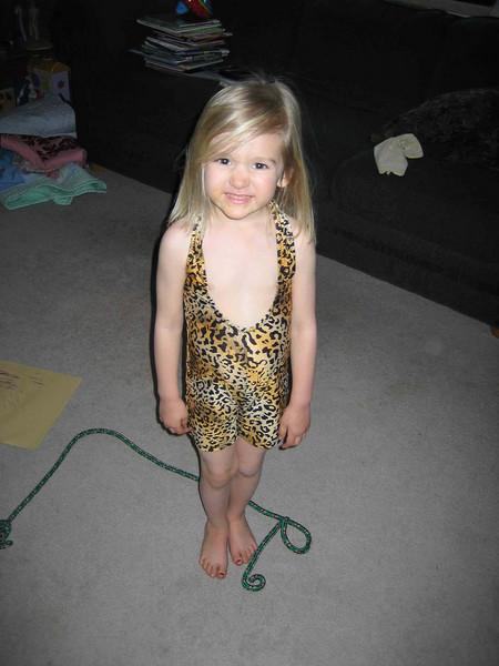 Bella as Tarzan 03-07.jpg
