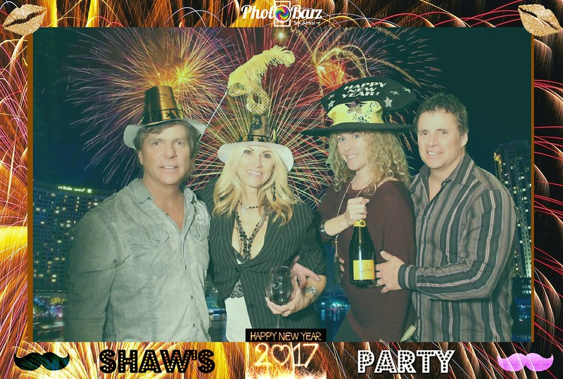 Shaws NYDay Party (76).jpg