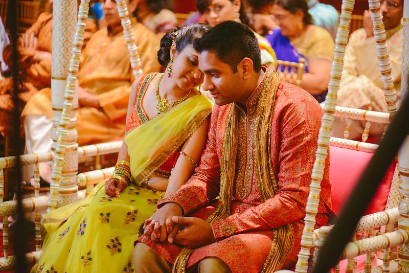 Charmi & Abhi Garba (135 of 578).jpg