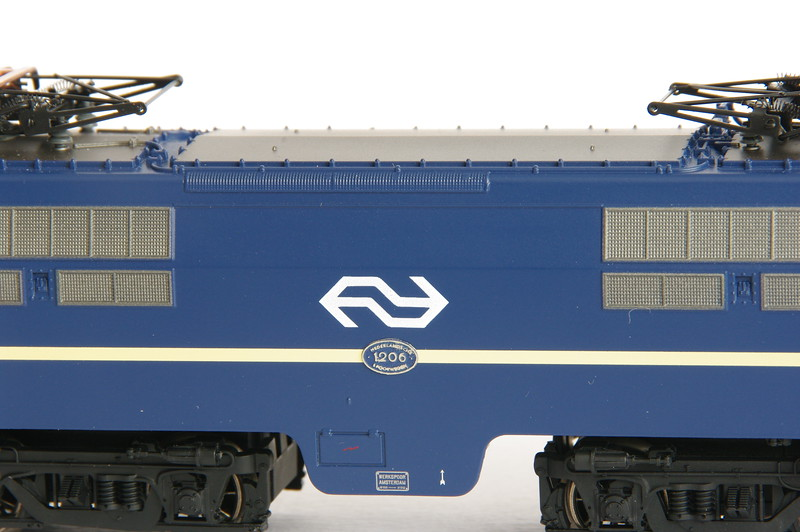 37121.1 NS 1206 Berlijns Blauw met logo 7.jpg