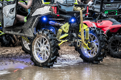 @jc_903-2018-White Black and Lime Green-Canam Maverick Trail-24 inch Coyotes-Polished-37 inch MotoHavok tires