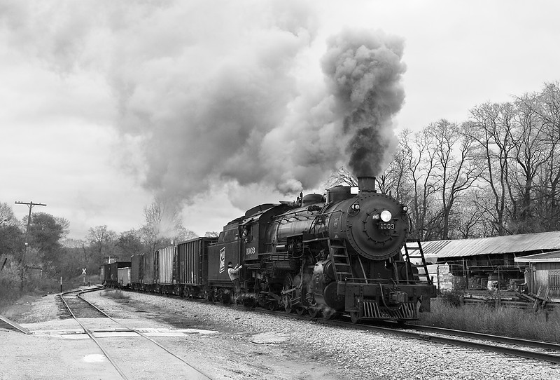 Soo Line 1003 (American Locomotive Company 2-8-2) - Palmyra, WI