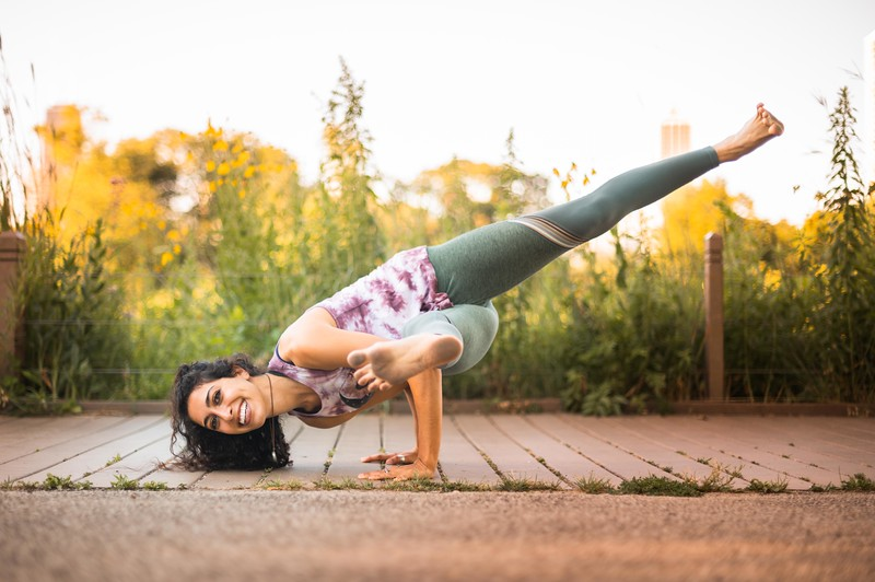 Online Yoga - Lincoln Park Shoot-995.JPG