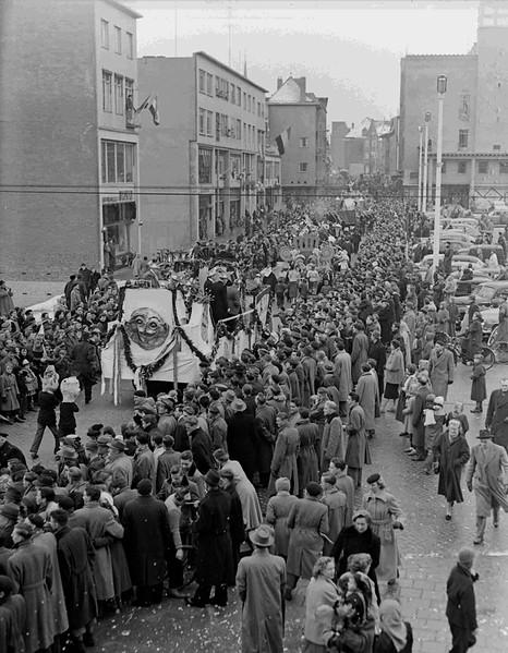 Optocht, Plein 1944
