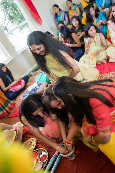 Hina_Pithi_Pooja-281.jpg