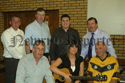 Kerrie Kennedy will represent the club in the Solo Singing section at the All Ireland Scor in Killarney. Kerrie rounded off the book launch by singing the song she hopes will win the All Ireland title for her and the club. 07W17N221