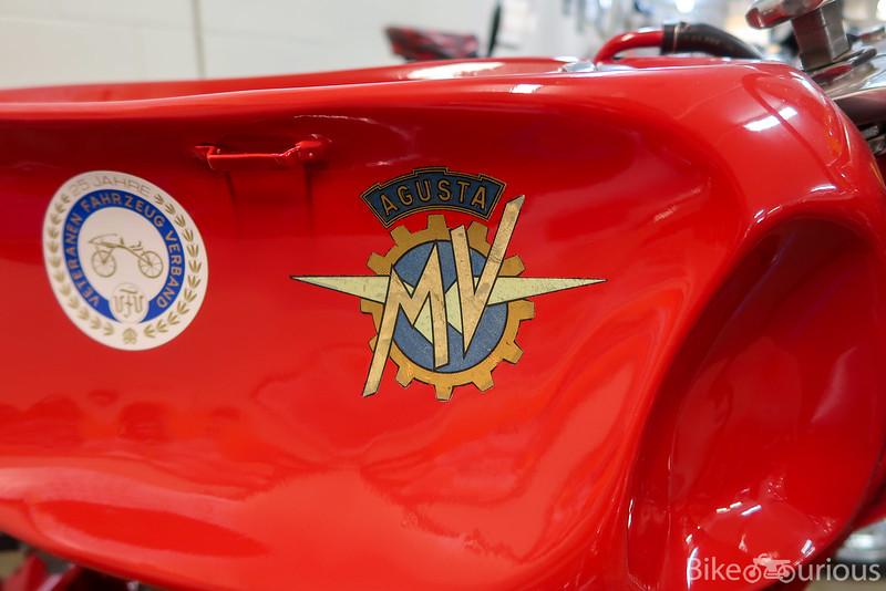 MV Agusta Squalo 175 - Tank Logo.jpg