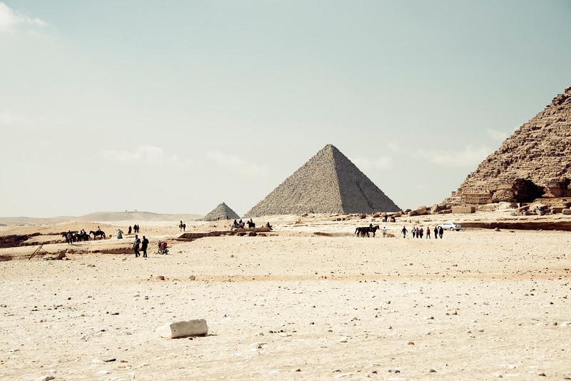 saqqara_unas_tomb_serapeum_dahshur_red_bent_pyramid_20130219_6080.jpg