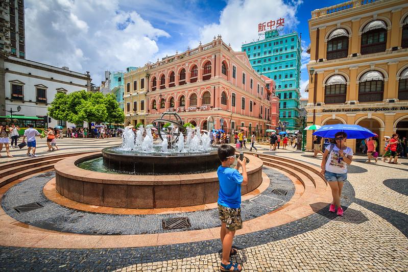 The busy & colorful Senado Square.