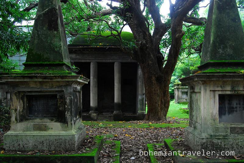 South Park Street British Cemetery Calcutta (2).jpg