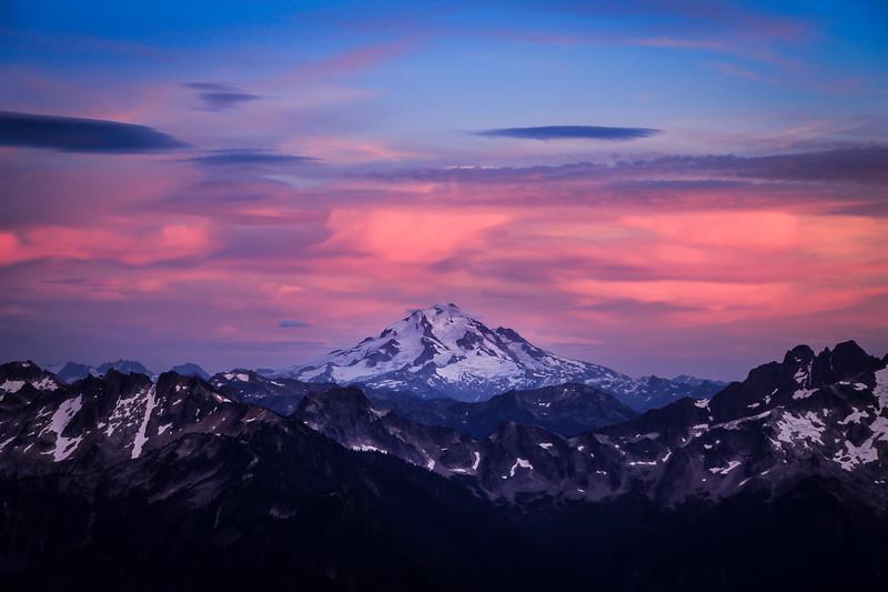 glacier-peak-sunset-cascades-mountain-lookout-pnw.jpg