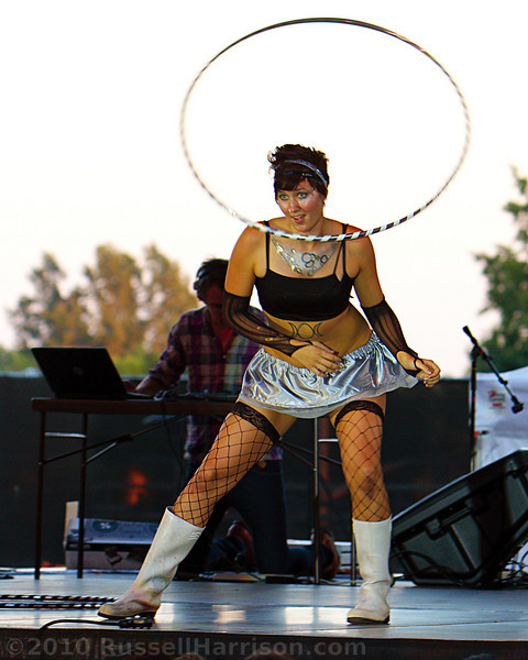 main_stage-013-dt0005-crop.jpg