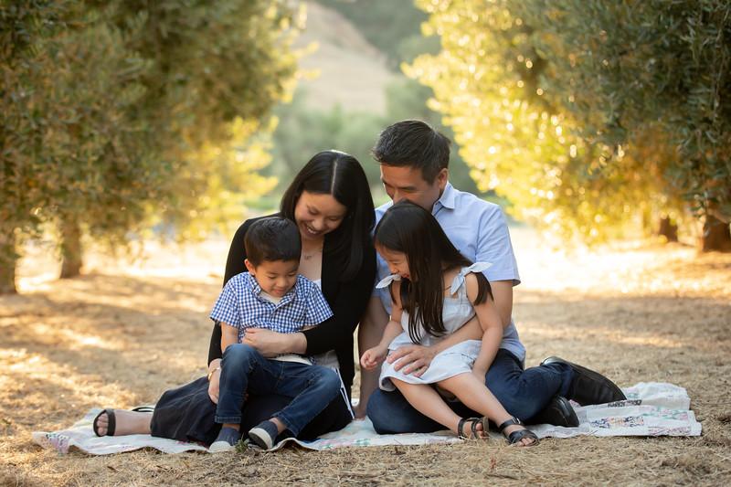 Nguyen Family-47.jpg