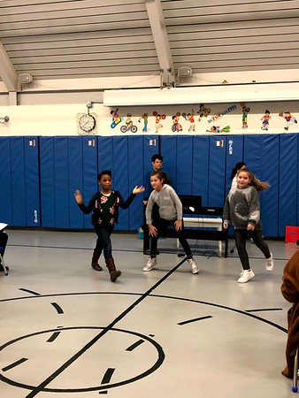 """12.20.19 LS """"Holiday SingALong"""" Assembly"""