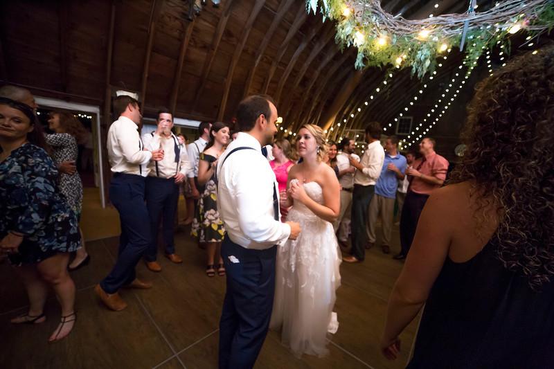 Garrett & Lisa Wedding (860).jpg