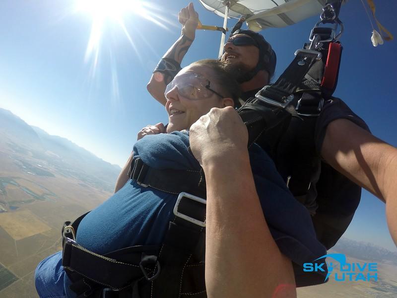 Lisa Ferguson at Skydive Utah - 101.jpg