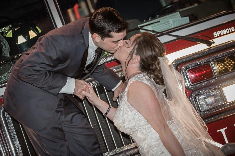 MRN_0896_Loriann_chris_new_York_wedding _photography_readytogo.nyc-.jpg.jpg